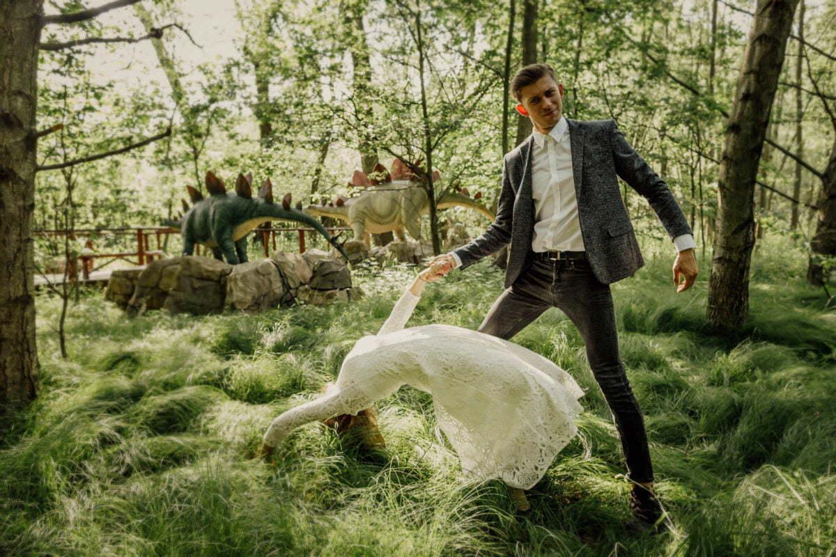 Aga i Piotrek sesja narzeczenska i dinozaury 0022