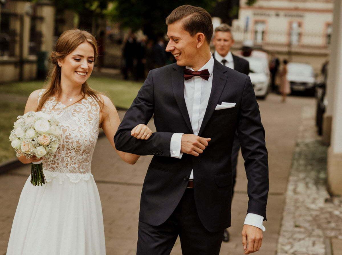 Agnieszka i Piotr rustykalne wesele hotel vinnica 0019