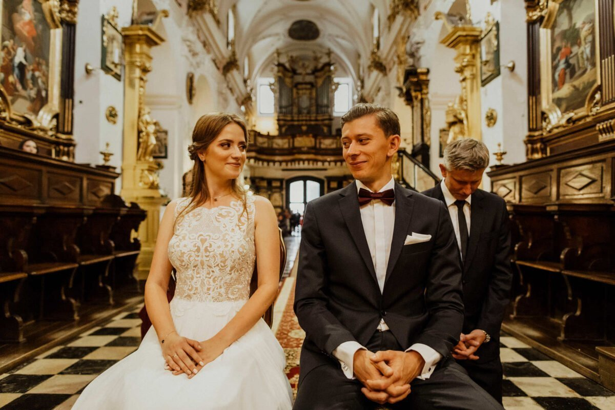 Agnieszka i Piotr rustykalne wesele hotel vinnica 0030