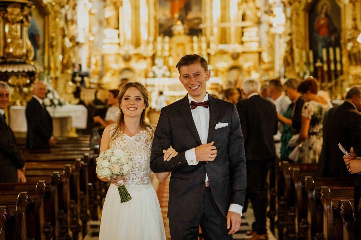 Agnieszka i Piotr rustykalne wesele hotel vinnica 0032