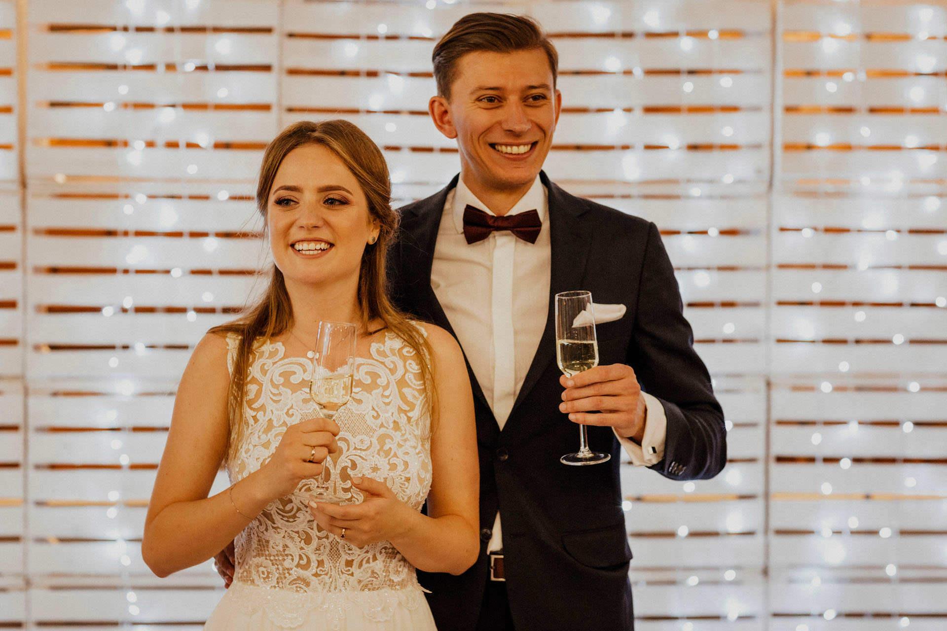 Rustykalne wesele Kraków - Para Młoda - Hotel Vinnica