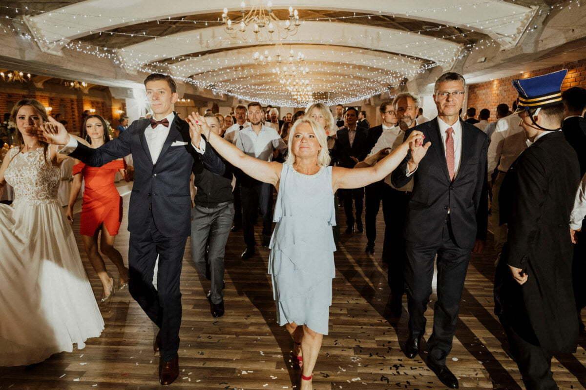 Agnieszka i Piotr rustykalne wesele hotel vinnica 0050