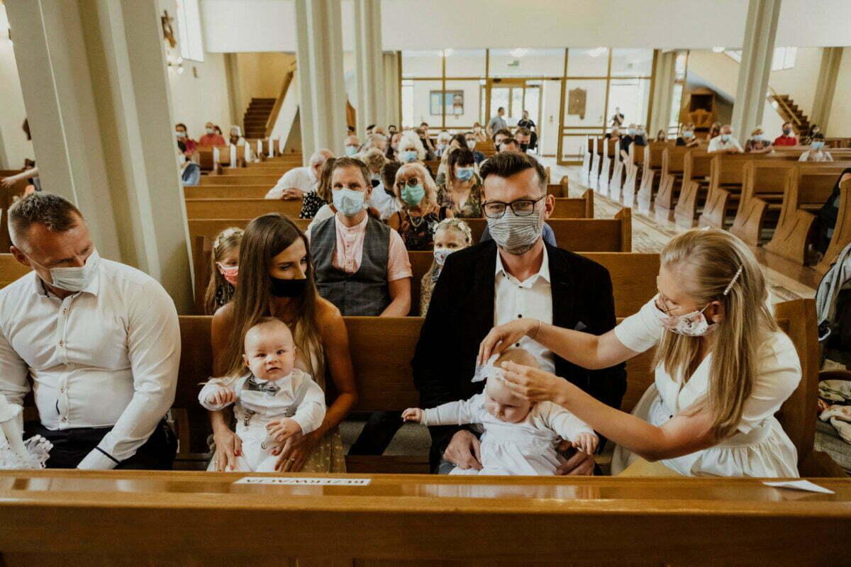 Asia i Tomcio chrzest blizniakow w krakowie 0023