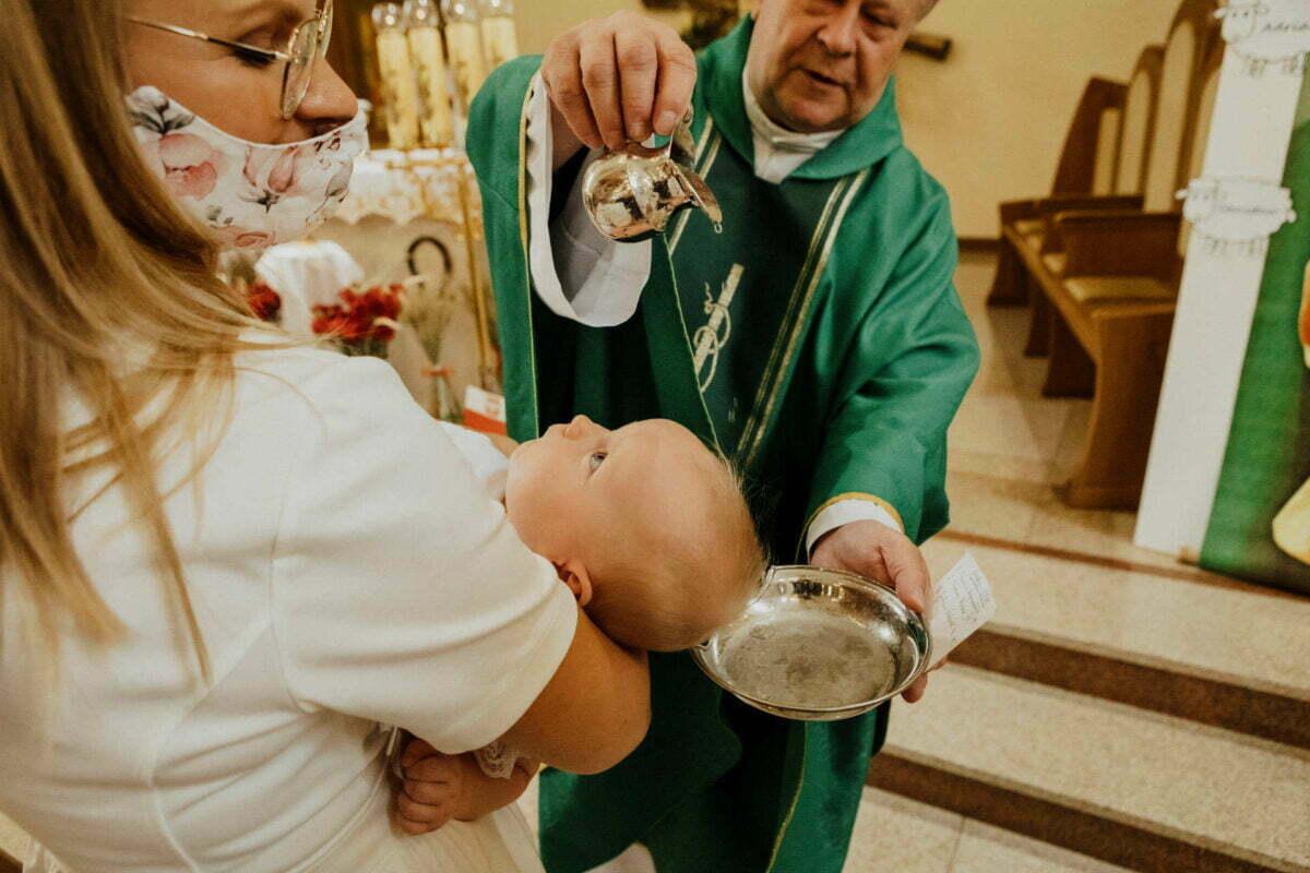 Asia i Tomcio chrzest blizniakow w krakowie 0031