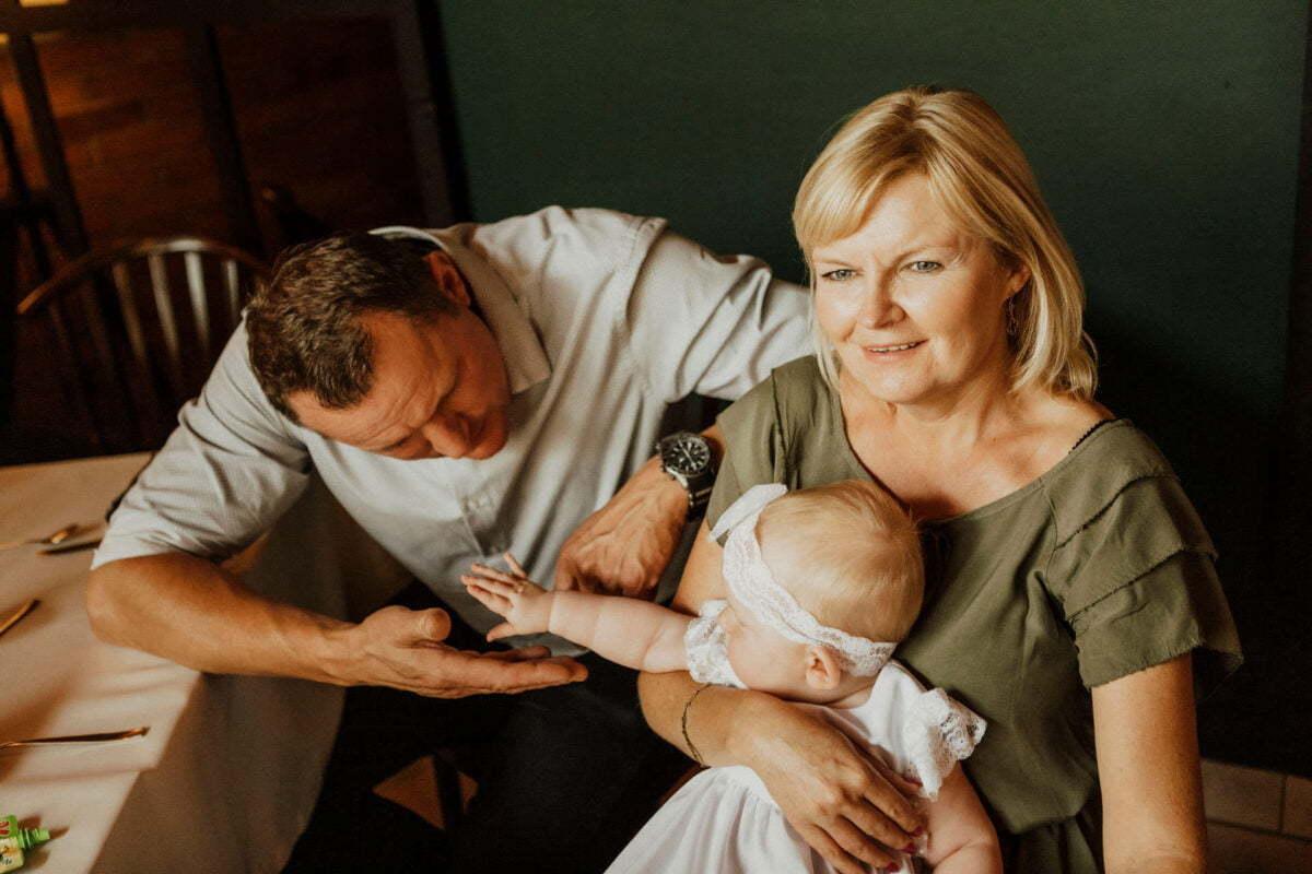 Asia i Tomcio chrzest blizniakow w krakowie 0047