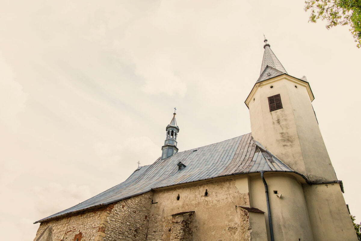 Iwona i Meehal wesele na zamku w korzkwi 0020