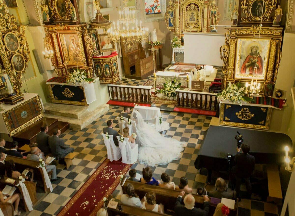 Iwona i Meehal wesele na zamku w korzkwi 0025