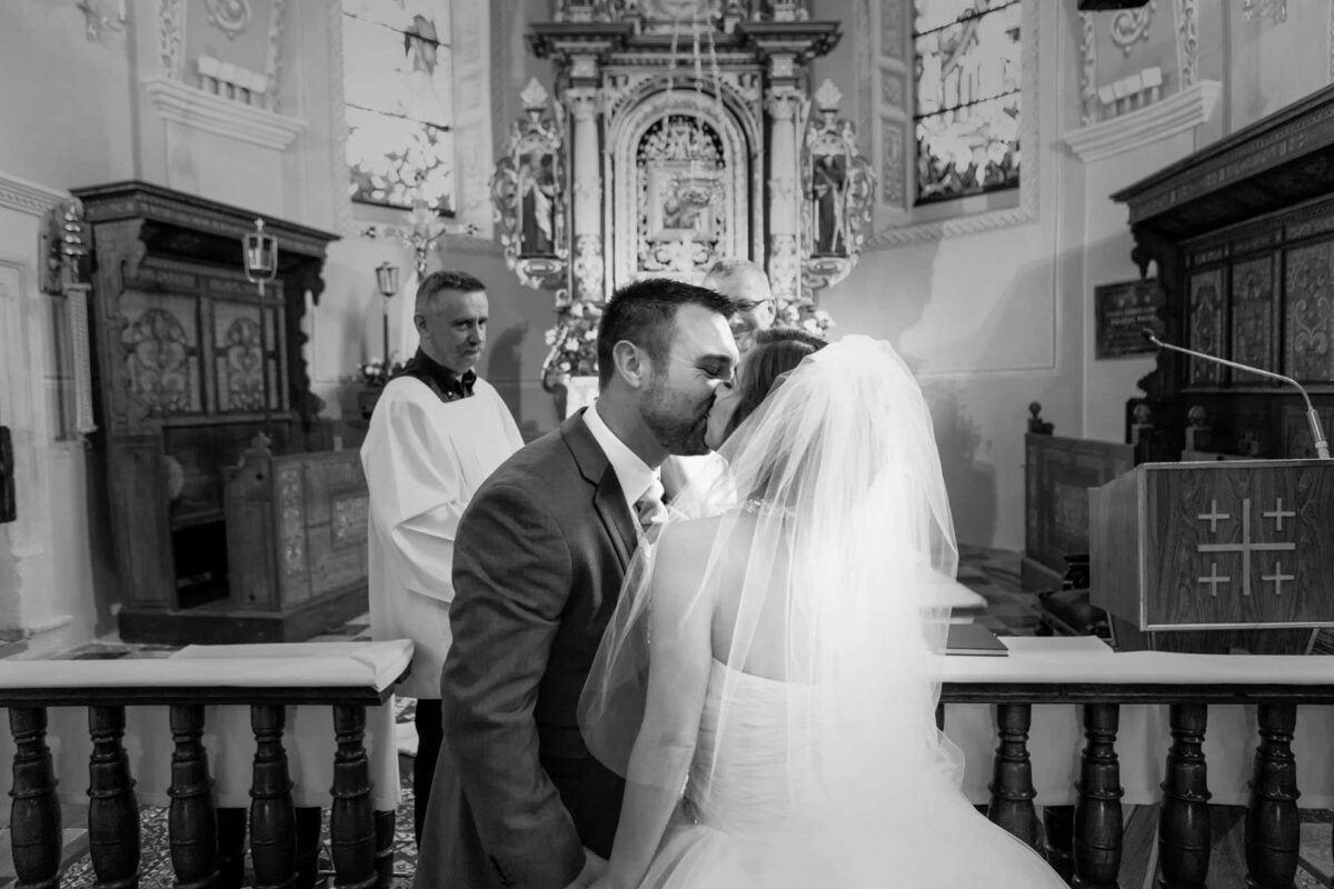 Iwona i Meehal wesele na zamku w korzkwi 0034