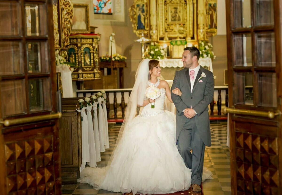 Iwona i Meehal wesele na zamku w korzkwi 0041