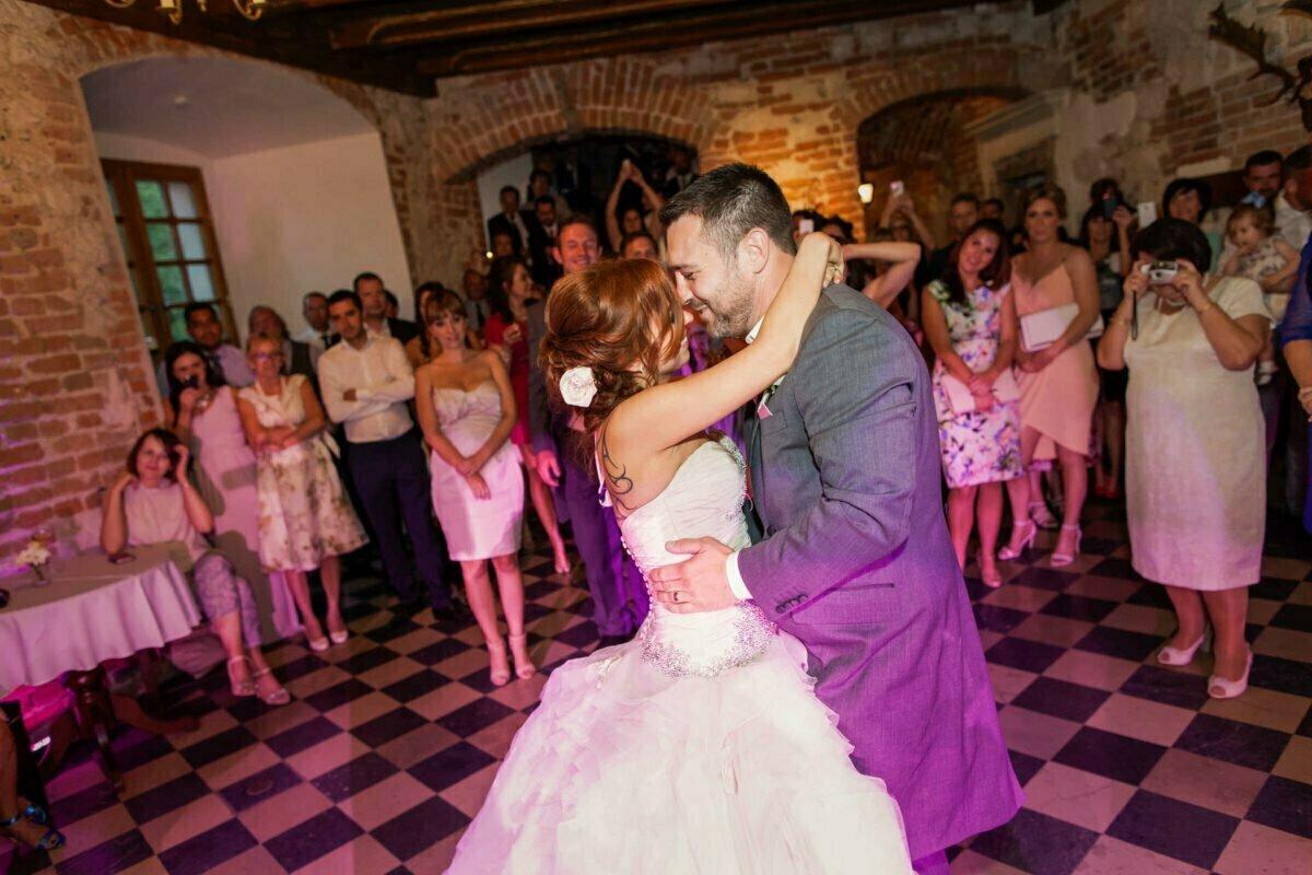 Iwona i Meehal wesele na zamku w korzkwi 0073