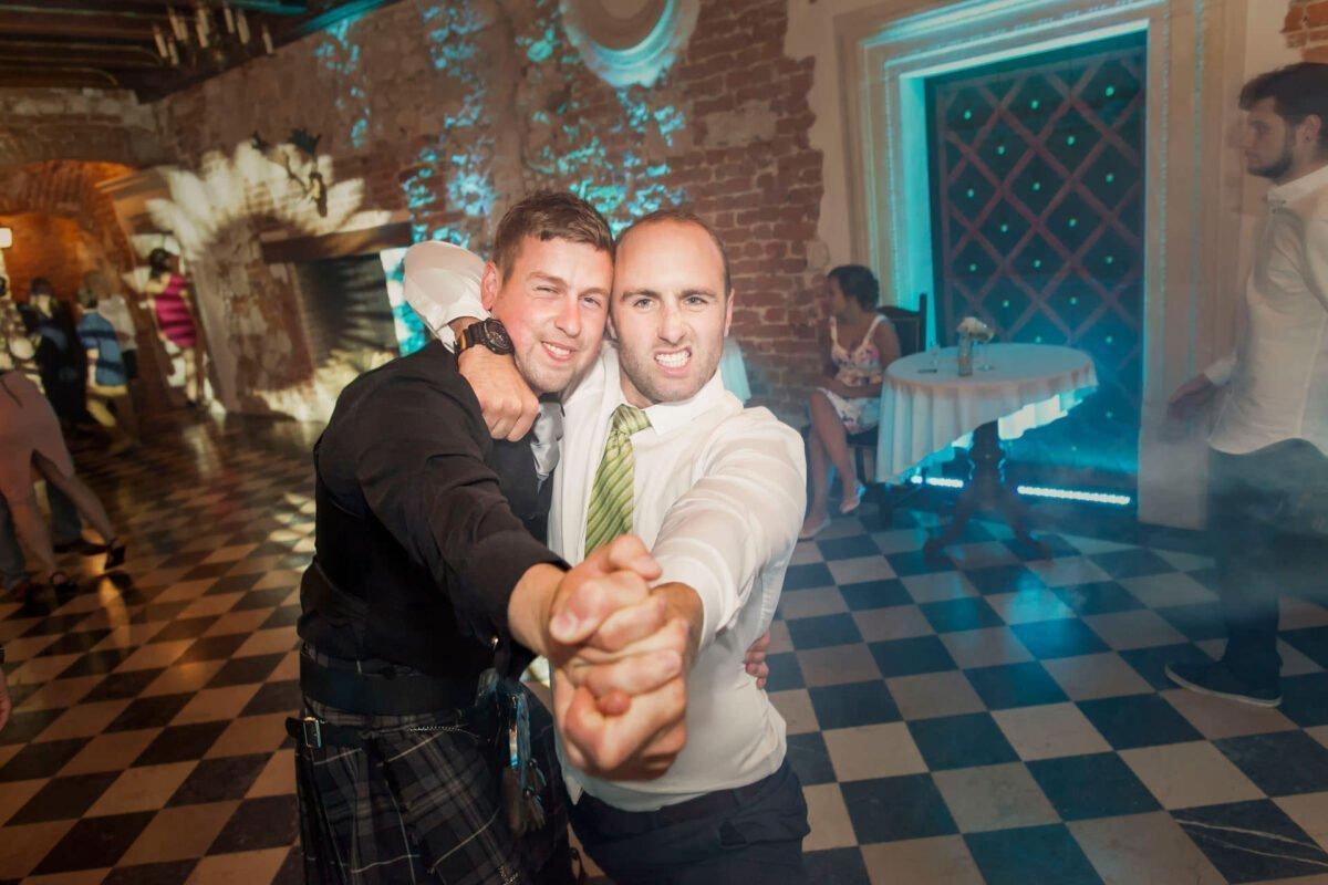 Iwona i Meehal wesele na zamku w korzkwi 0083