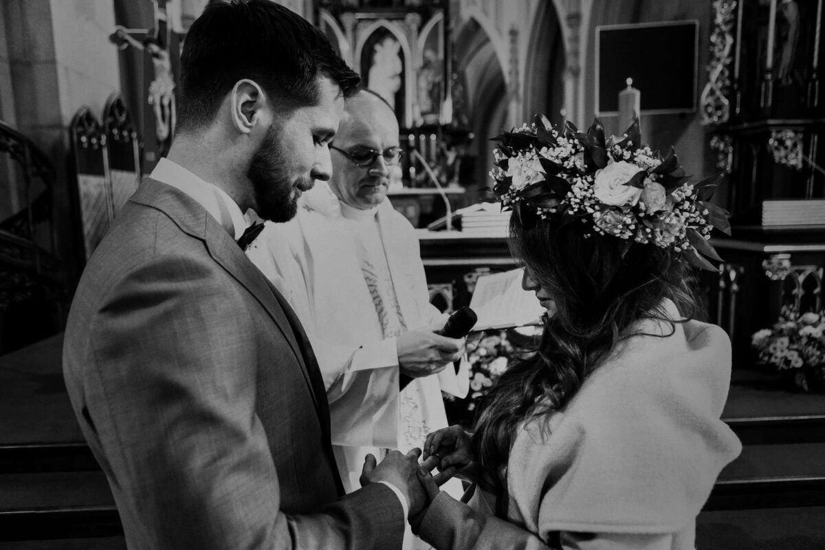 Kasia i Grzesiek wesele w dworku ojcowskim 0037