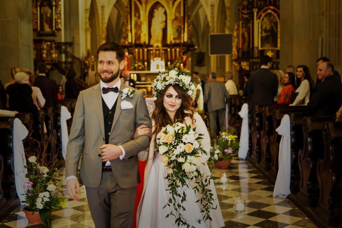 Kasia i Grzesiek wesele w dworku ojcowskim 0038
