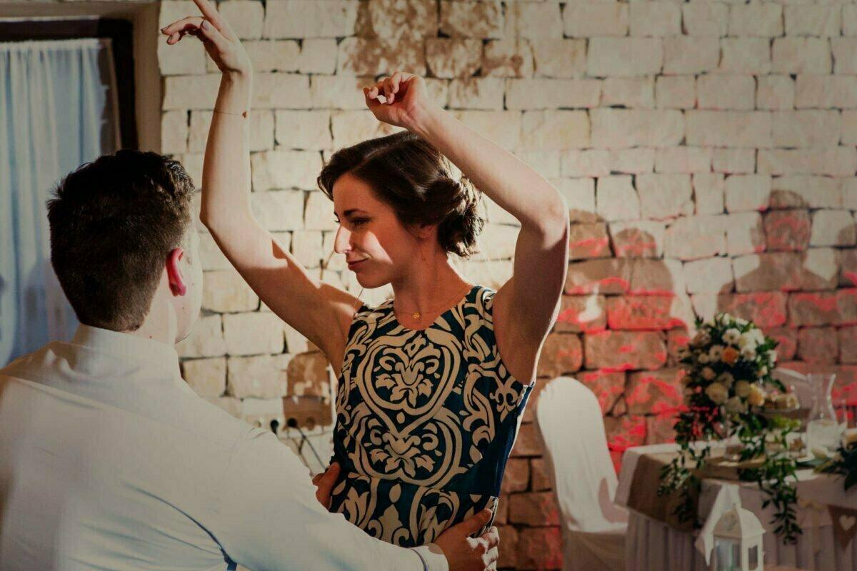 Kasia i Grzesiek wesele w dworku ojcowskim 0052
