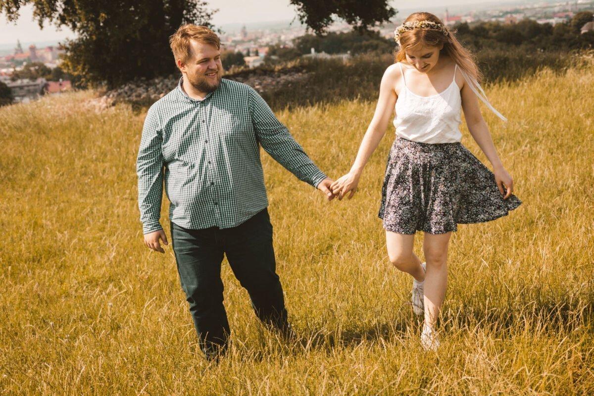 Magda i Dominik zakochani na kopcu krakusa 0038