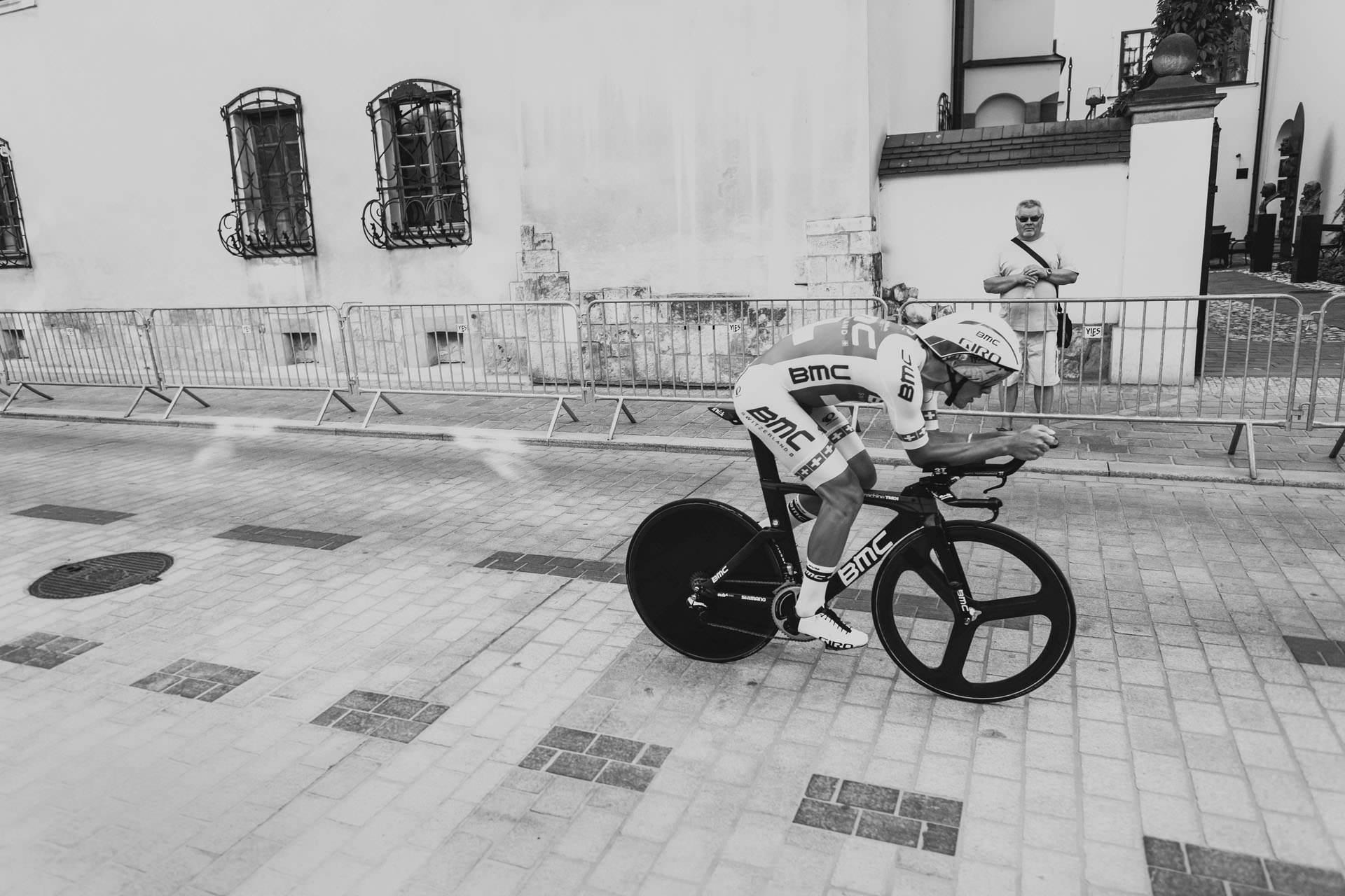 Tour de Pologne w Krakowie - zdjęcia ślubne Kraków