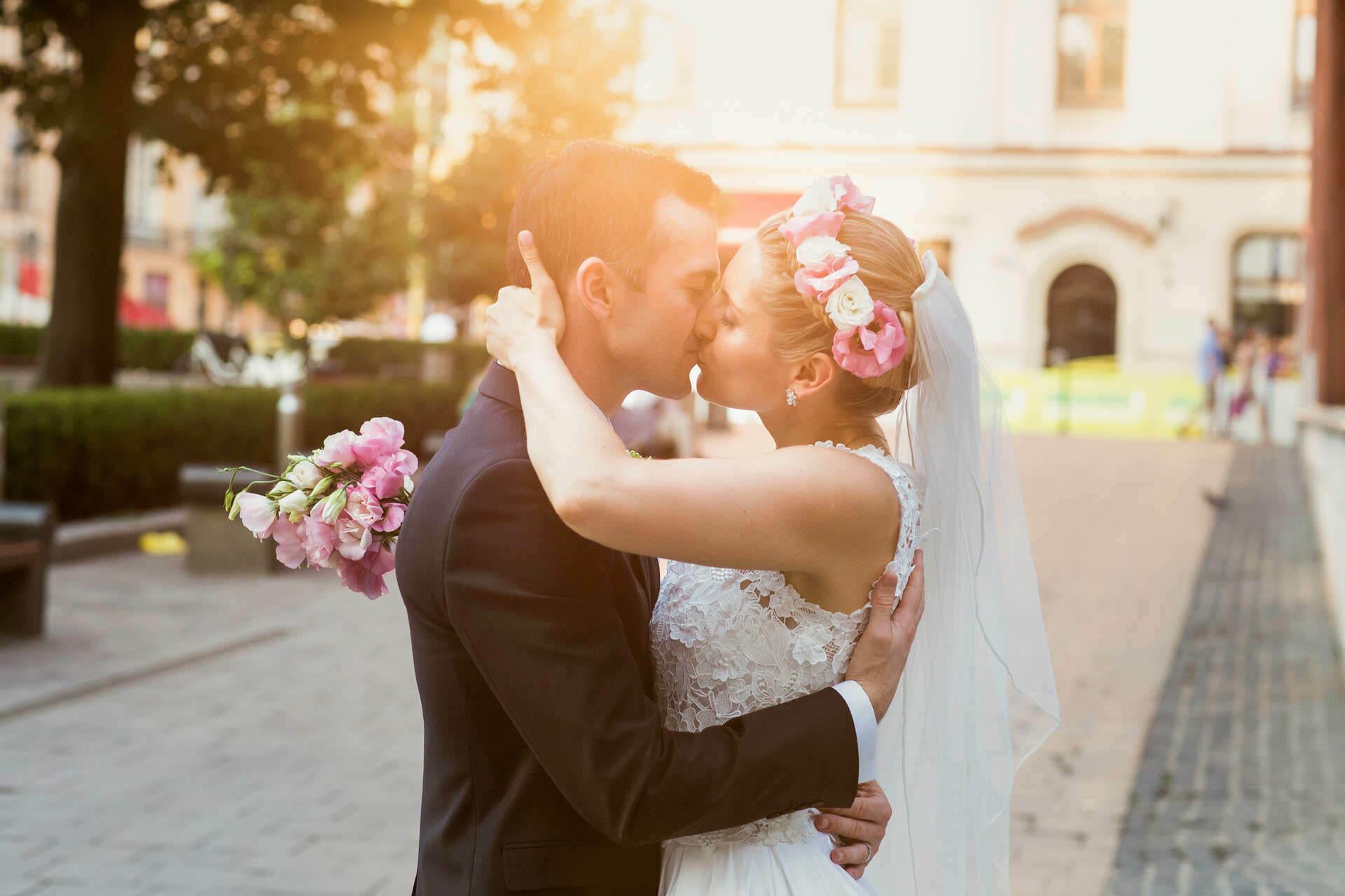 Fotograf ślubny Kraków - sesja zdjęciowa Pary Młodej w dniu ślubu