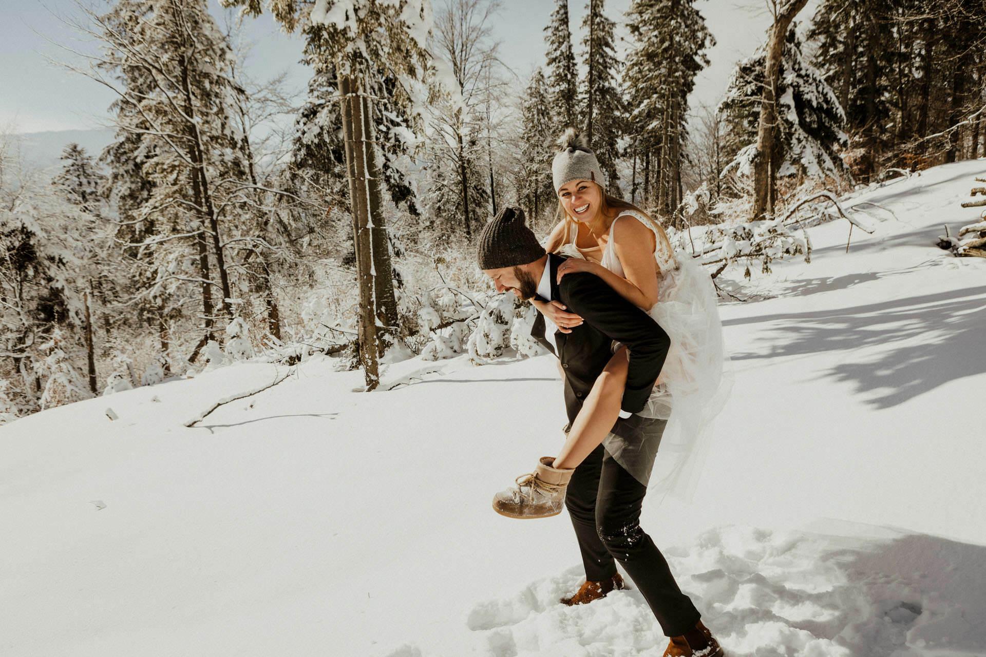 Marta i Michal zimowy plener slubny 0037