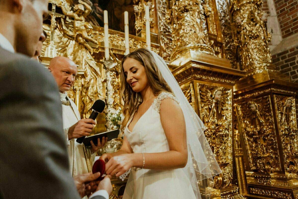 Patrycja i Patryk wesele stara zajezdnia 0016