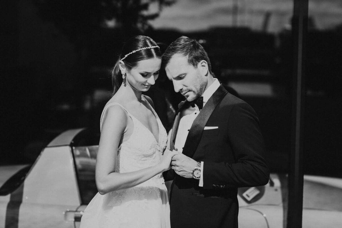 Sara i Tomek warszawski plener slubny w porsche 0003
