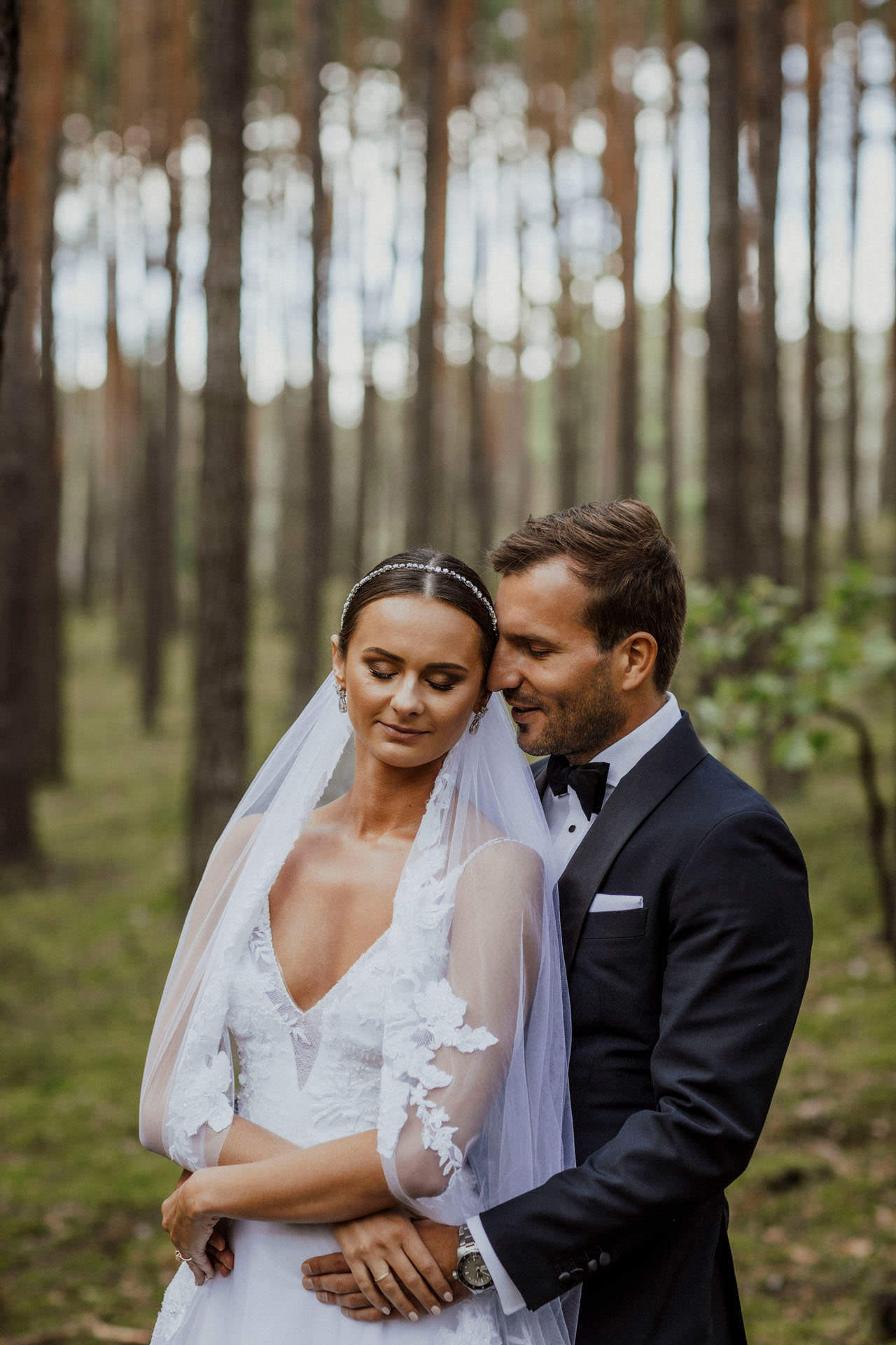 Sara i Tomek warszawski plener slubny w porsche 0025