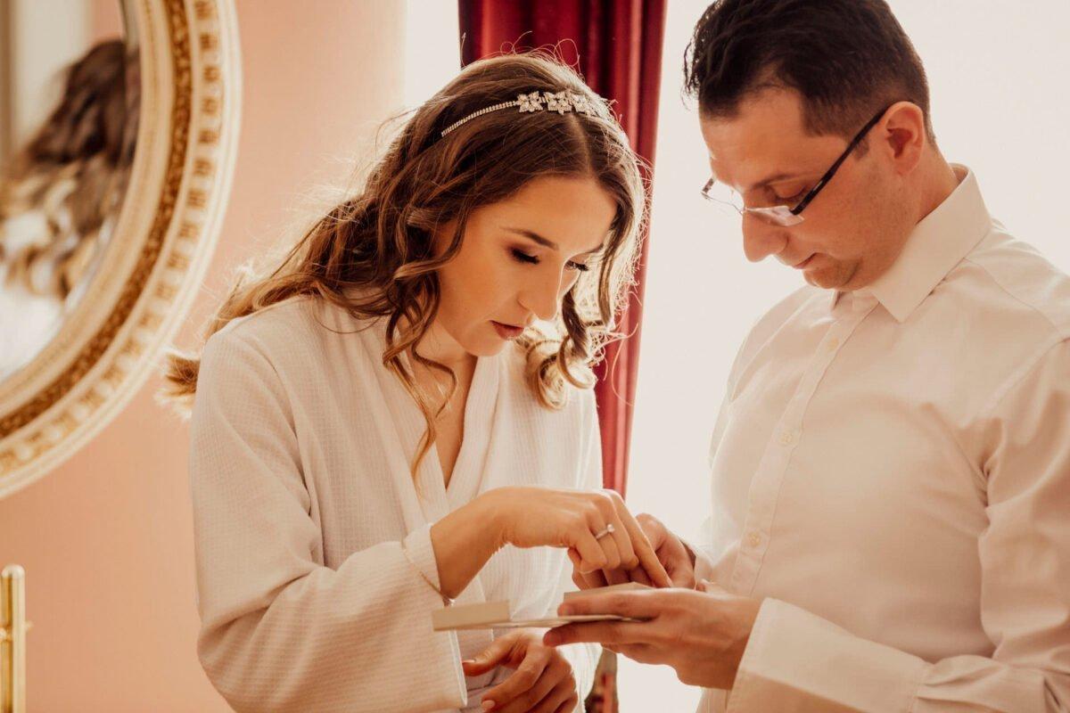 Przygotowania ślubne w Pałacu w Śmiłowicach